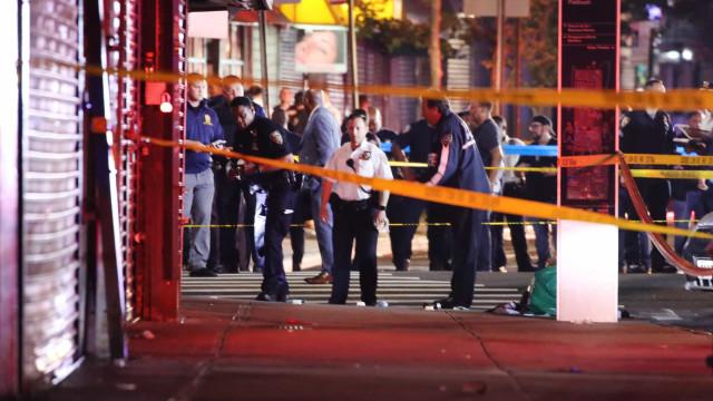 Polícia alvejado em Nova Iorque durante recolher obrigatório