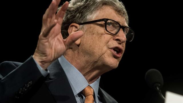 """Covid-19. Bill Gates classifica teorias de conspiração como """"estúpidas"""""""