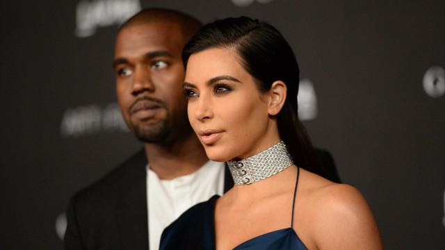 Kanye West transforma casa de banho de Kim Kardashian numa 'floresta'