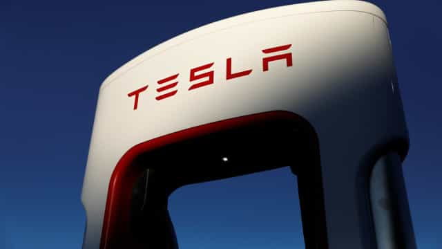 Sistema de arrefecimento da Tesla está a ser investigado