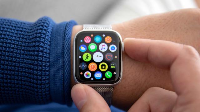Acabou de receber um Apple Watch? Eis as apps que tem de ter