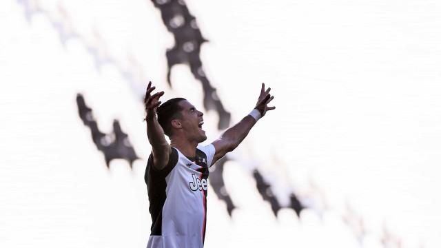 Golo de Cristiano Ronaldo rompeu registo histórico com 60 anos