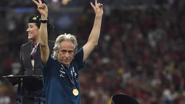 """Flamengo quer manter Jesus e avisa Benfica: """"Não temos de negociar nada"""""""