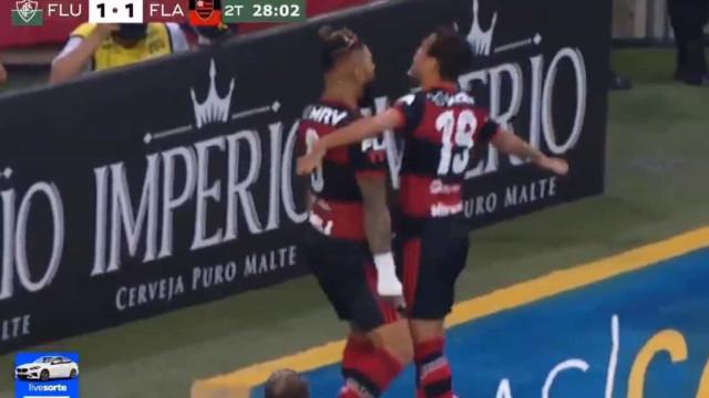 O golo de Michael que deu a vitória ao Flamengo no primeiro jogo da final