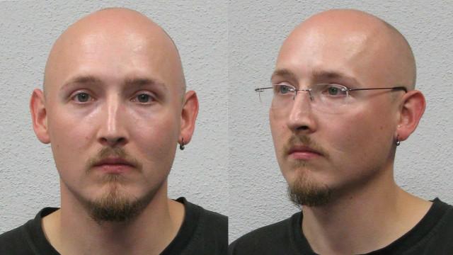 Caça ao homem na Alemanha por suspeito que desarmou 4 polícias