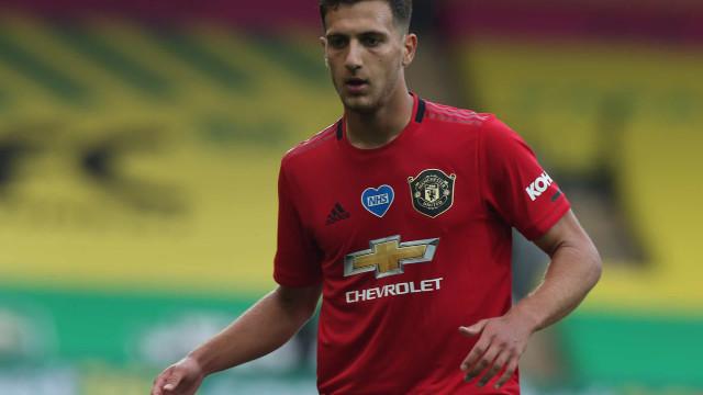 Há um português na lista de dispensas do Manchester United