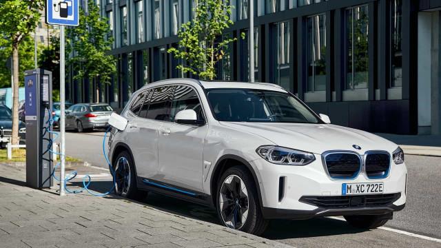 BMW. O primeiro SUV elétrico tem autonomia para 460km