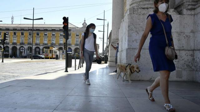 AO MINUTO: Uma morte em Portugal, recuperados são o dobro de novos casos
