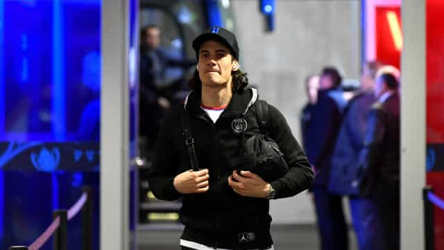 Cavani é do Benfica com ordenado milionário, garantem em Itália