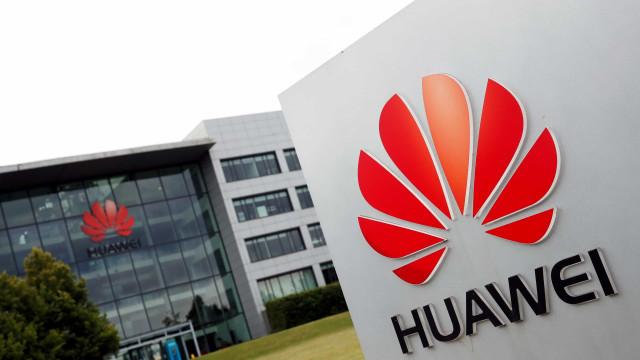Huawei está a ficar sem chips para os seus telemóveis