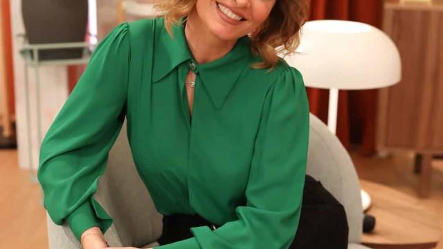 """Cristina Ferreira mostra-se de """"chinela no pé e cabelo desgrenhado"""""""