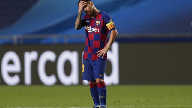 A vergonha assolou o Barcelona e a cara de Messi... diz tudo