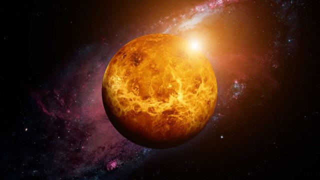 """""""Vénus é um planeta russo"""", afirma líder da agência espacial da Rússia"""