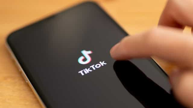 TikTok anuncia acordo com Oracle e Wallmart e adia proibição