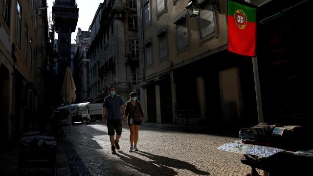 AO MINUTO: Mais uma morte em lar de Vimioso; Loures cancela carnaval 2021