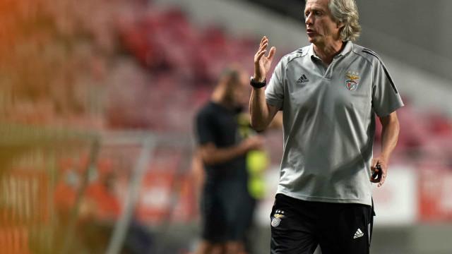 """Jorge Jesus arrasado: """"Trocar o Flamengo pelo Benfica é de doido"""""""