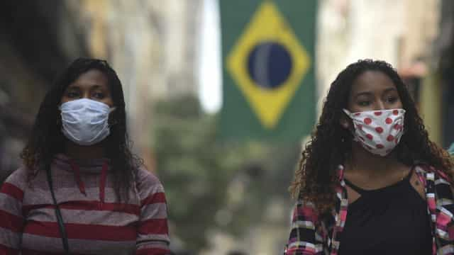 "AO MINUTO: Espanha ""está na 2.ª vaga""; Brasil supera 137 mil mortes"