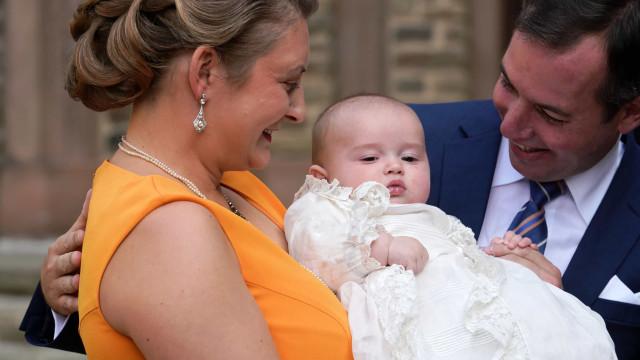 As imagens do batizado do filho de Guilherme e Stéphanie do Luxemburgo