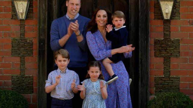 Kate Middleton revela celebridade que os filhos mais adoram
