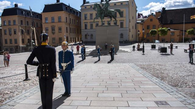 Suécia pondera medidas inéditas face ao aumento de casos em Estocolmo