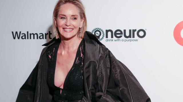 """Sharon Stone revela a quem deu o """"melhor beijo"""" no cinema"""