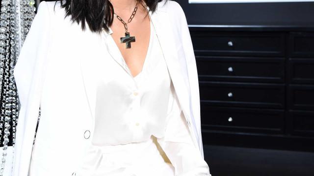 Bruna Marquezine destaca-se em partilha ousada após MTV MIAW