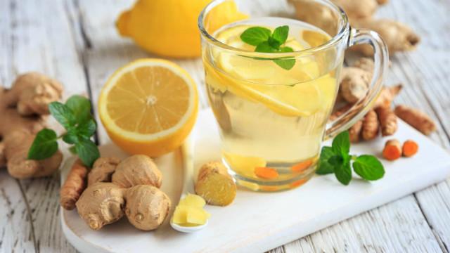 Chá de gengibre e outros remédios naturais para limpar o intestino