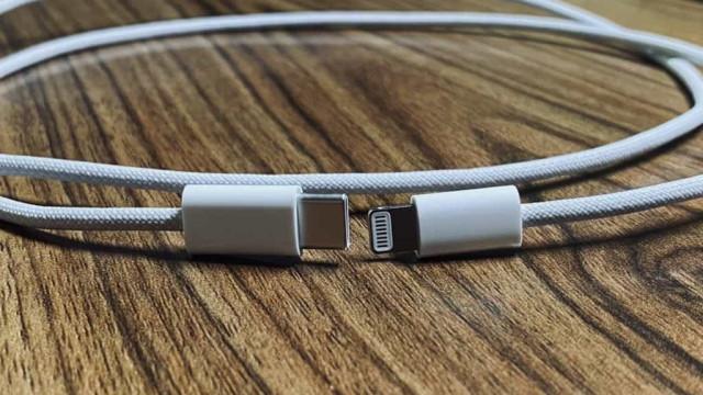 Novas imagens do cabo de carregamento do iPhone 12