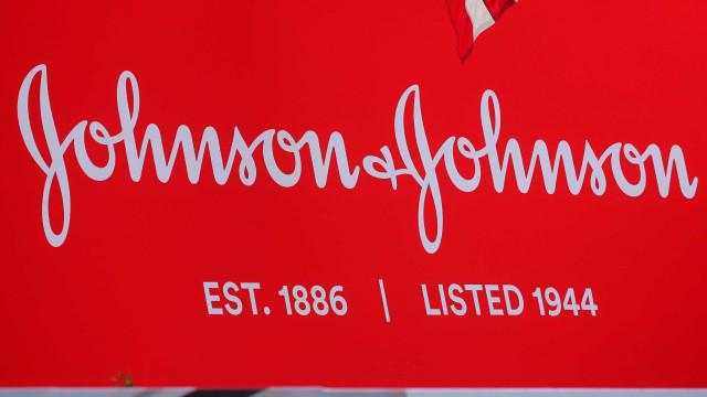 Vacina da Johnson & Johnson com resposta imune em 98% dos voluntários