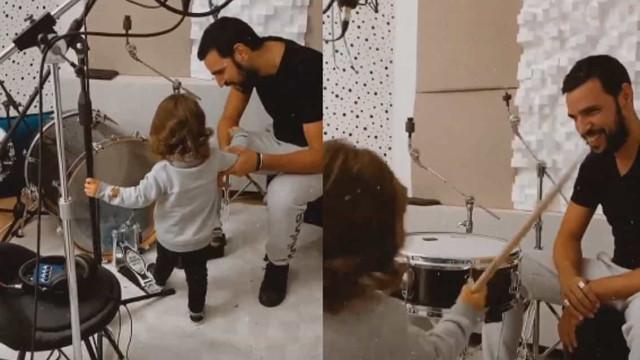 Carolina Deslandes e Diogo Clemente em momento único com filho no estúdio