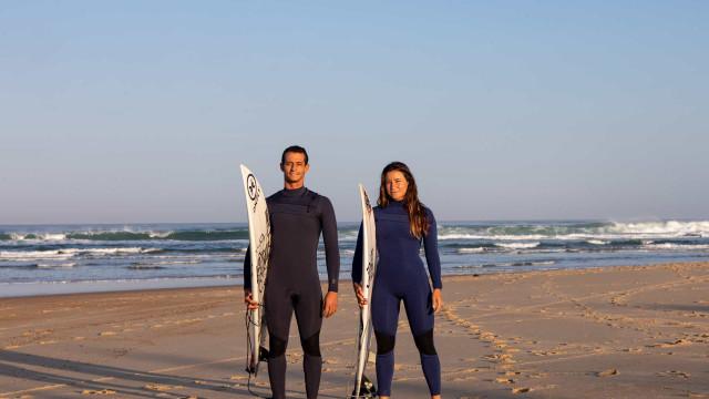 Entre os novos fatos de surf da Deeply, está o mais avançado da marca