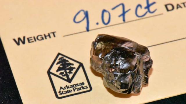 Homem encontra diamante de 9 quilates em parque dos Estados Unidos