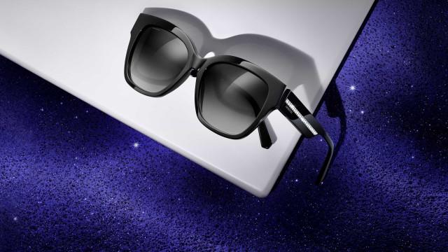 Cristais Swarovski oferecem glamour a novos modelos de óculos