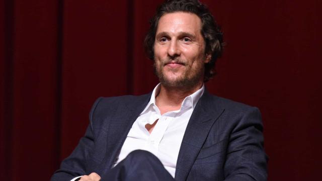 Pai de Matthew McConaughey morreu durante relações sexuais com a mulher