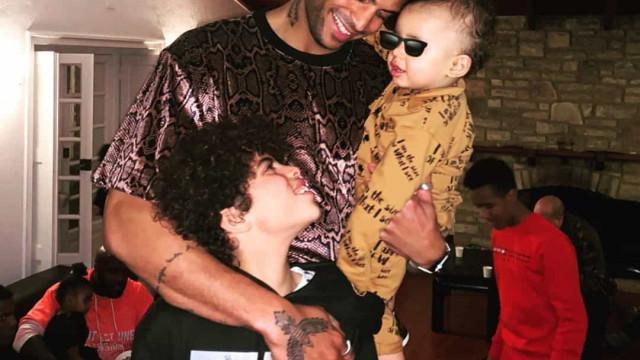 Filho mais velho do namorado de Rita Pereira visita o pai em Portugal