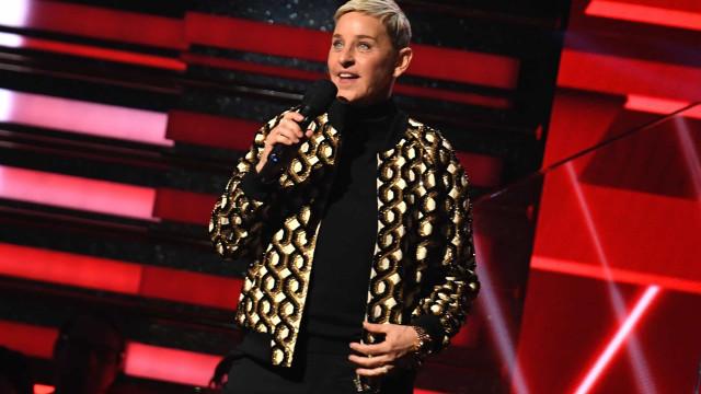 Ellen DeGeneres estreia novo visual no seu talk show