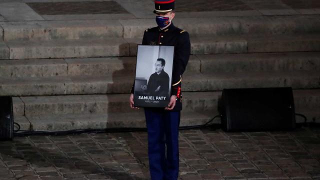 """O funeral do professor que deu """"a cara da luta pela liberdade e razão"""""""