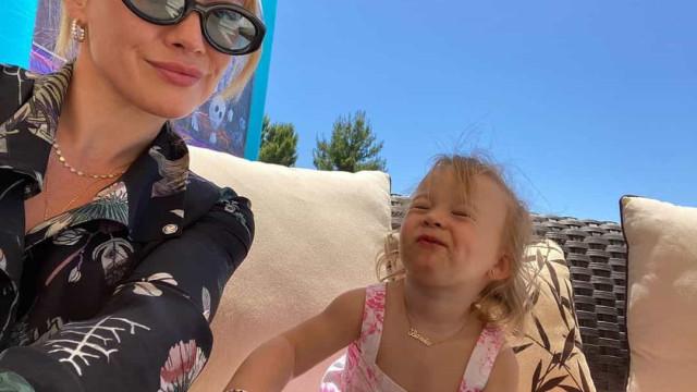 Hilary Duff e Matthew Koma celebram segundo aniversário da filha