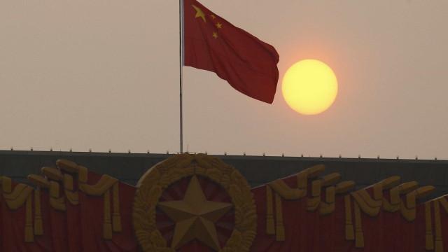 """China quer acabar com """"caos"""" na Internet"""