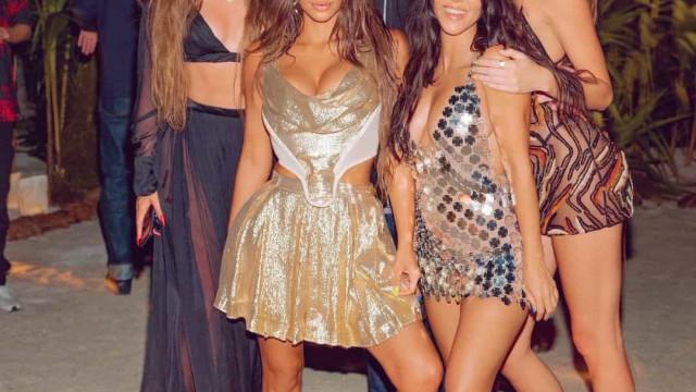 Kim Kardashian 'fugiu' para uma ilha com amigos no seu aniversário