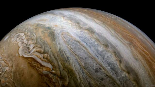 NASA começa semana com bela fotografia de Júpiter