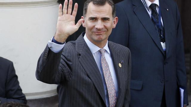 Rei de Espanha em isolamento após contacto com caso positivo de Covid-19