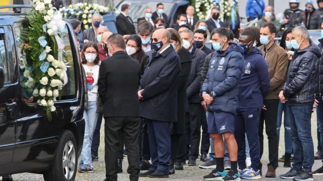Pinto da Costa sentiu-se mal no decorrer do funeral de Reinaldo Teles