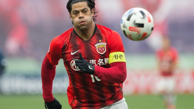 Atenção, FC Porto: Hulk e Shanghai SIPG com 'divórcio' à vista