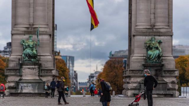 AO MINUTO: Estigma dos profissionais de saúde; Casos descem na Bélgica