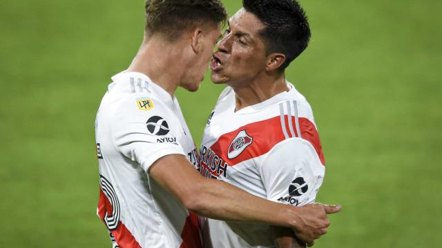"""Benfica já terá apresentado """"proposta concreta"""" a Enzo Pérez"""