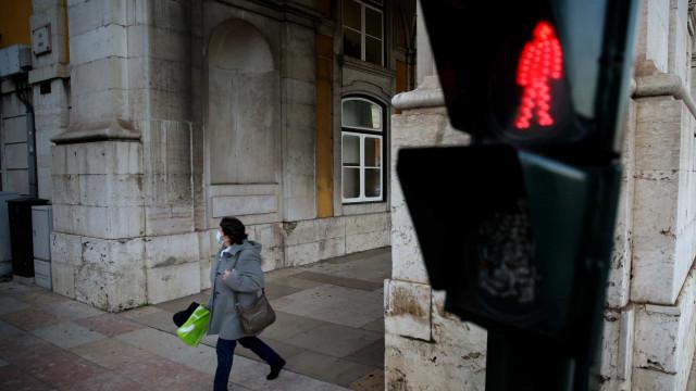 AO MINUTO: Portugal passa as 9 mil mortes; Risco extremo quase triplicou