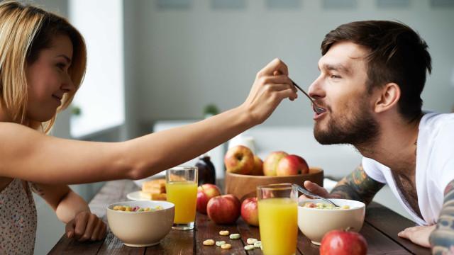 Fruta ao pequeno-almoço: Sim ou não?