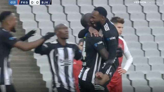 Aboubakar soma e segue: Já são 10 golos em 16 jogos