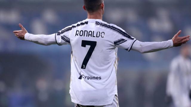 O relato em italiano do golo de Ronaldo na Supertaça de Itália